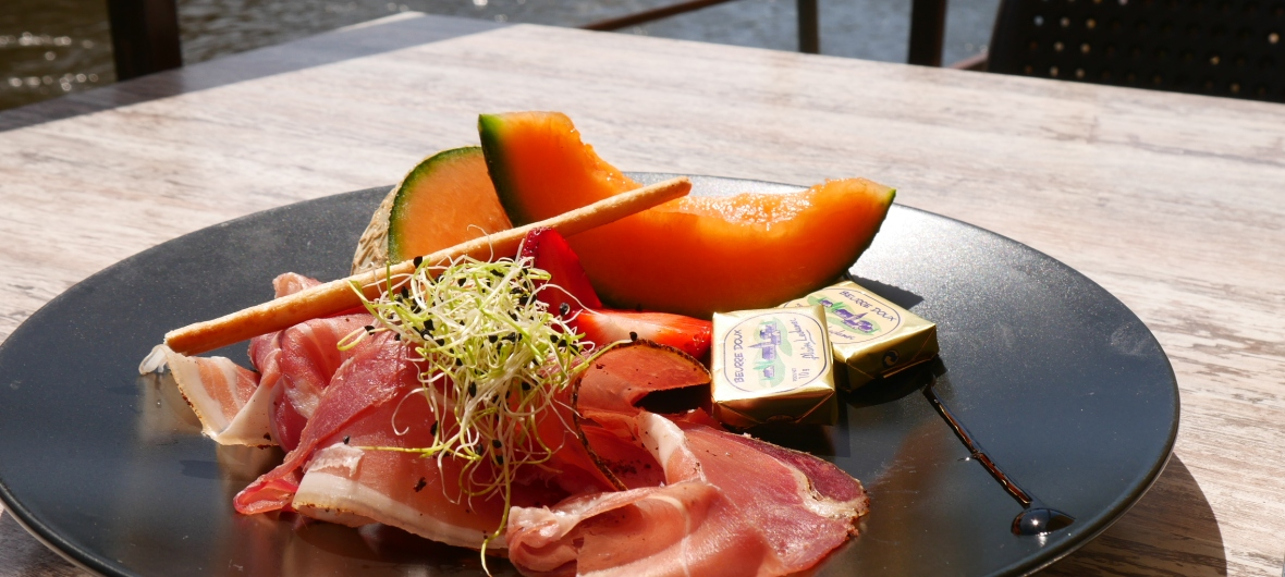 rosace de melon restaurant l'o berge montignac dordogne périgord vézère
